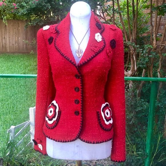 Escada Jackets & Blazers - ESCADA Red Boucle Blazer Crochet Rosebuds 38 6